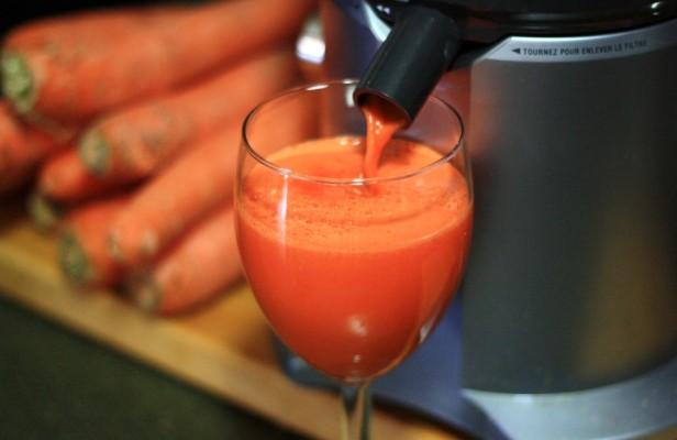 carrot juice.jpg